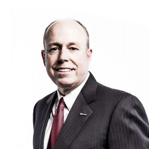 B. Kevin Turner - COO da Microsoft Corporation