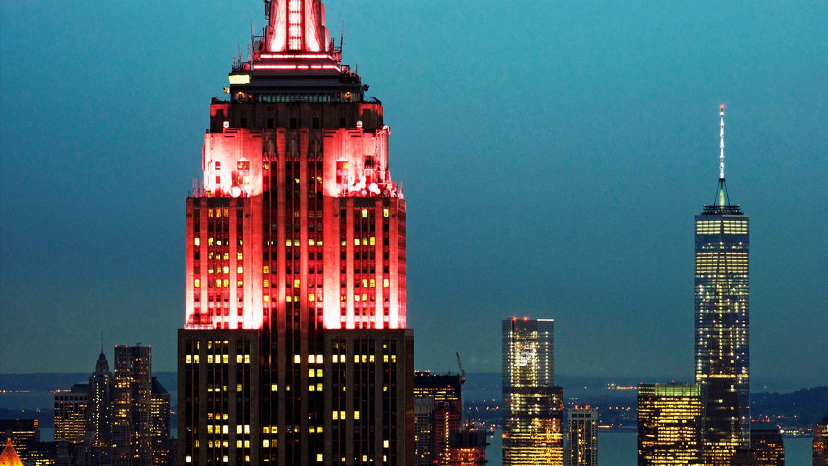 Empire State Building illuminated red for christmas