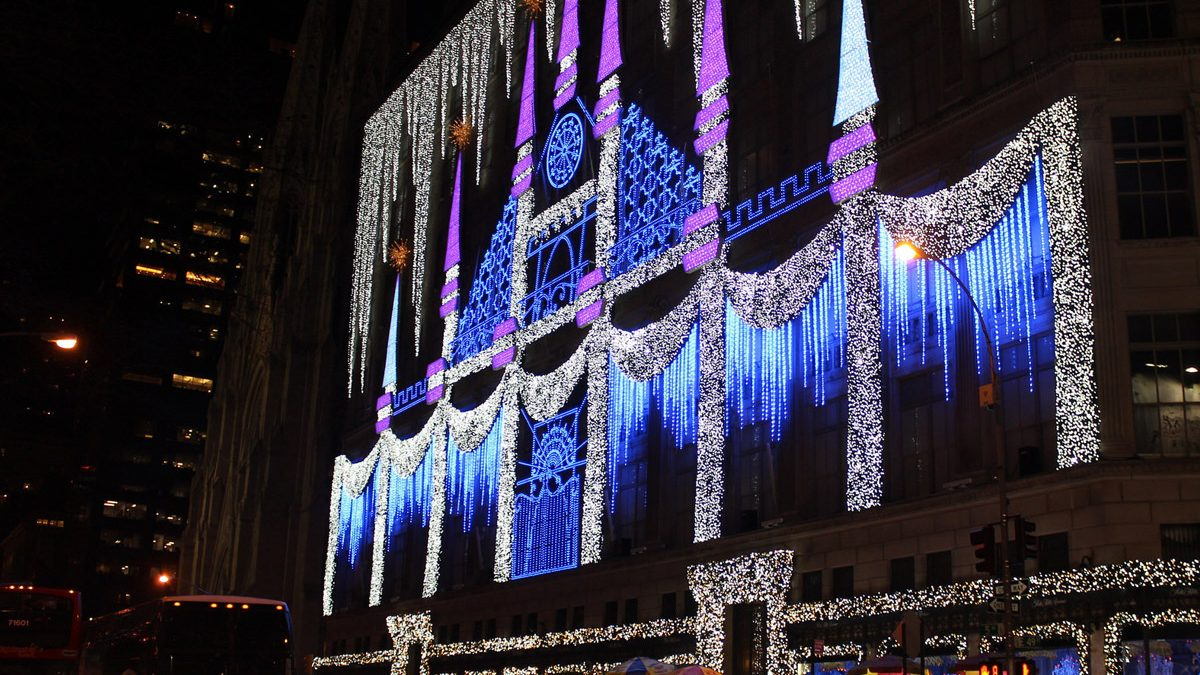 Saks, 5th Avenue, New York