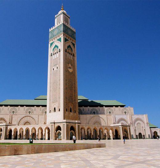 The tallest minaret in the world is in Casablanca, Africa