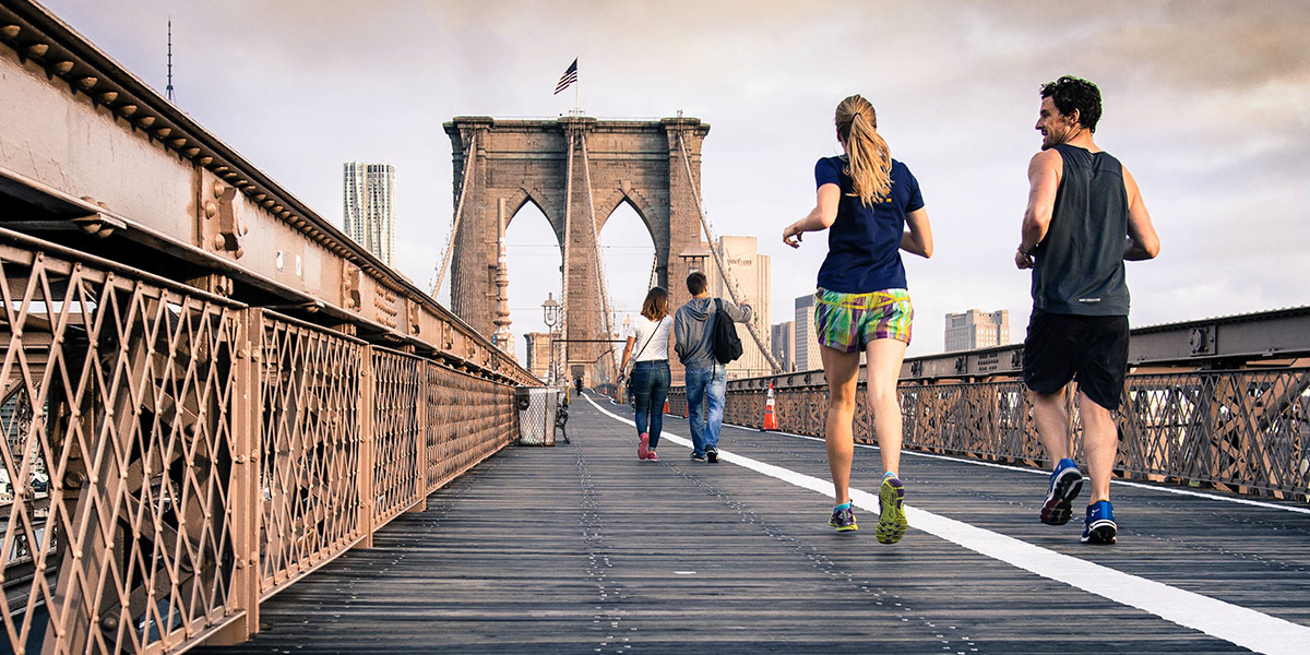Human mobility is an essential bridge to urban happiness