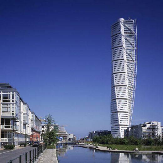 螺旋式摩天大厦的潮流始于瑞典马尔默的螺旋形摩天大厦。