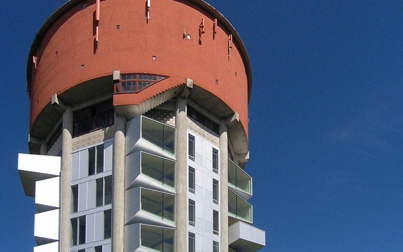 La Jaegersborg Water Tower alberga ahora estudiantes en lugar de agua.