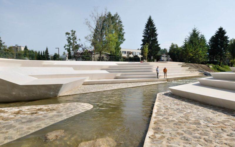 斯洛文尼亚韦莱涅市 Promenada 广场