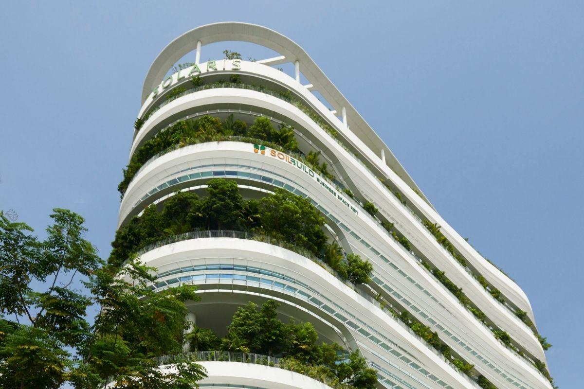 Solaris Building