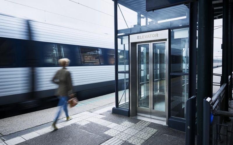 Elevator Train Platform