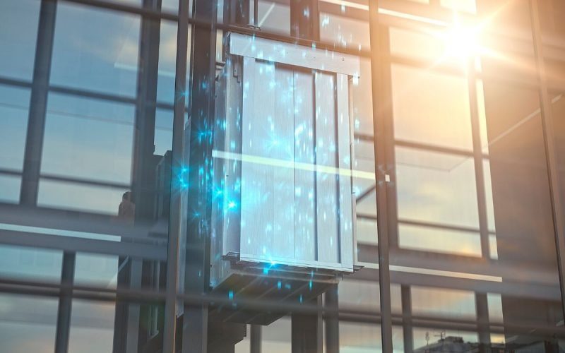 MAX elevator