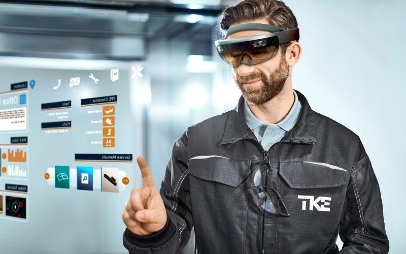 TKE HoloLens Predictive Maintenance 1